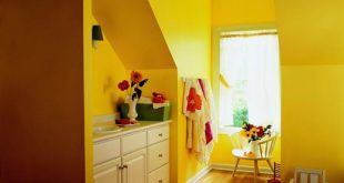 Yellow_bathroom1