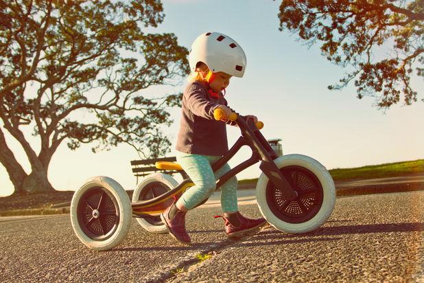 Bicicleta pentru copii, construita din covoare reciclate