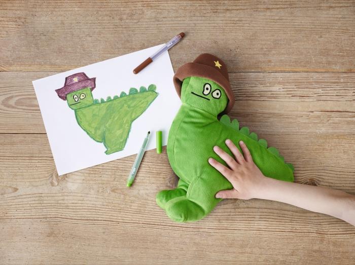 IKEA_dinozaur_verde