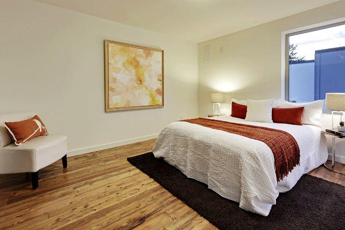 cladirea_plateste_dormitor