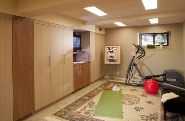 Nu uita de colţul dedicat sănătăţii! Cum poţi face sport acasă, în familie