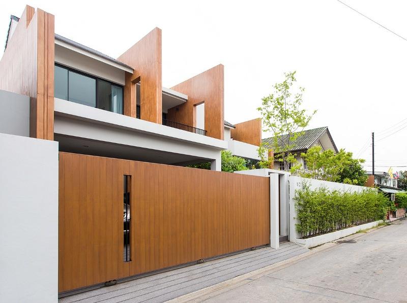 Casa_teren_mic_Bangkok4