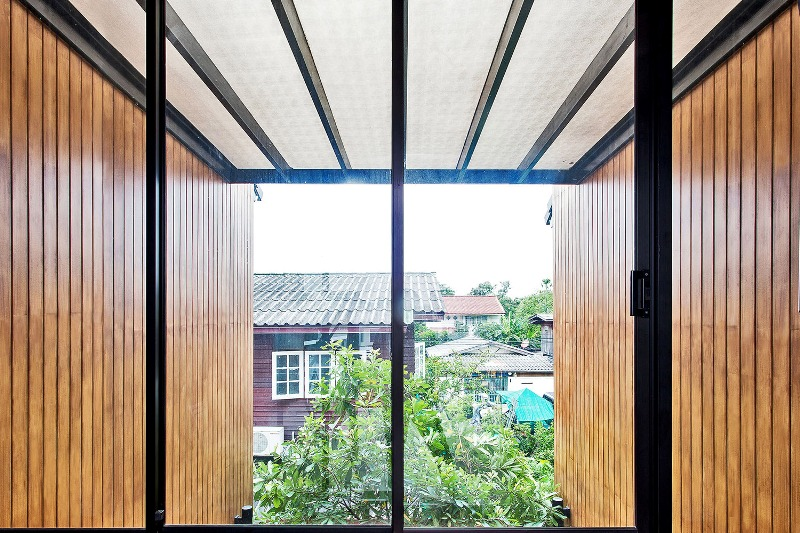 Casa_teren_mic_Bangkok9
