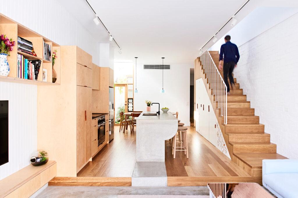 living ingust casa 5 metri