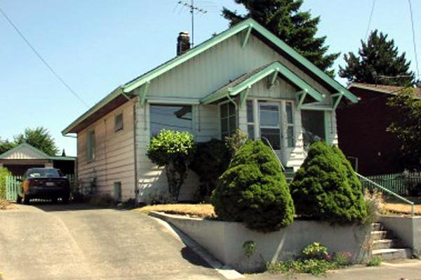 amenajarea_unei_case_mici_Seattle_exterior_inainte