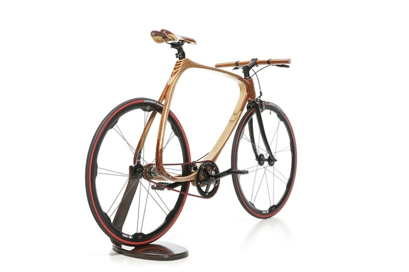 bicicleta_lemn_carbon