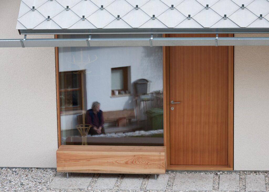 casa-moderna-de-100-mp-slovenia18