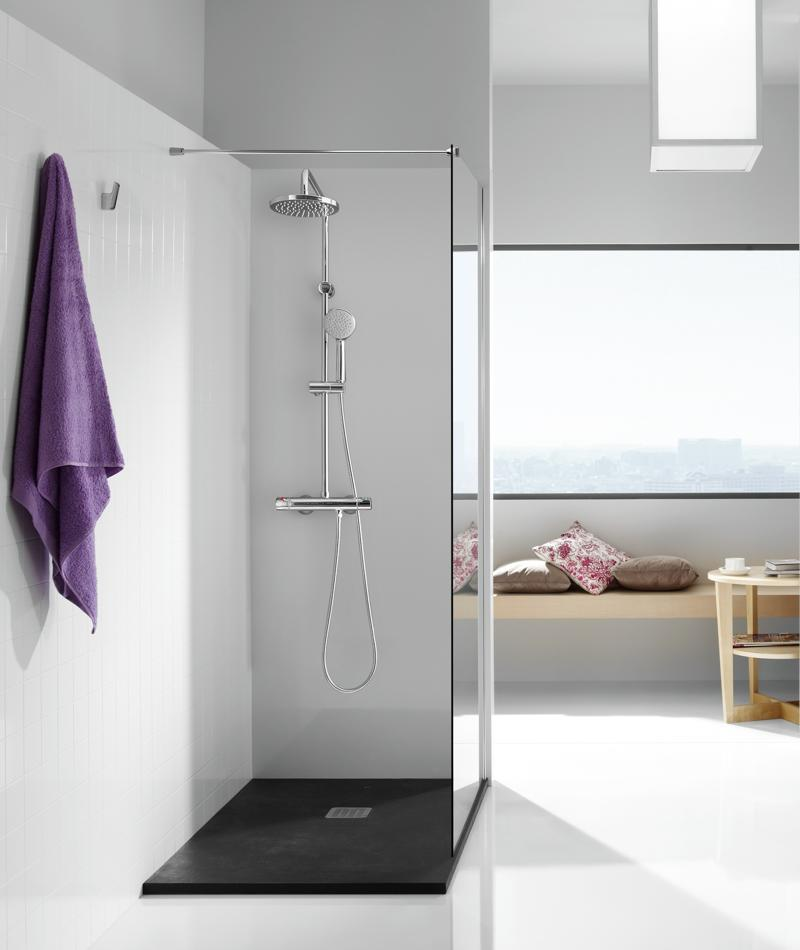 Sursa imagine: ROCA. Dusul este disponibil in magazinul de instalatii sanitare Romstal.