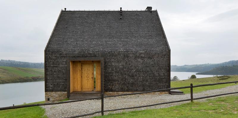 casa-de-vacanta-malul-laculu11