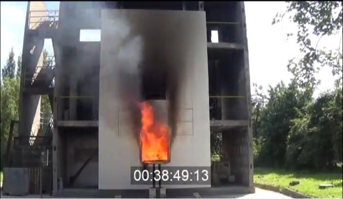 Testare cu foc deschis a termosistemului cu polistiren de la AdePlast