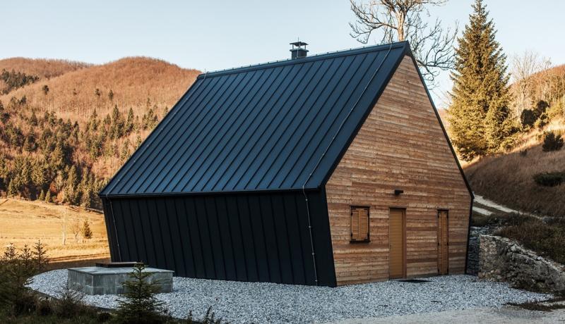 cabana-de-lemn-slovenia-1