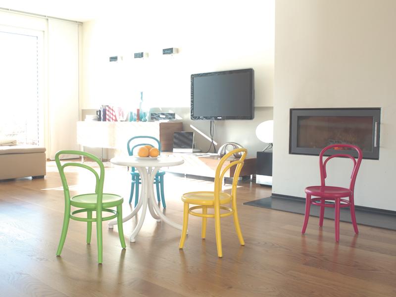 scaune din lemn pentru copii