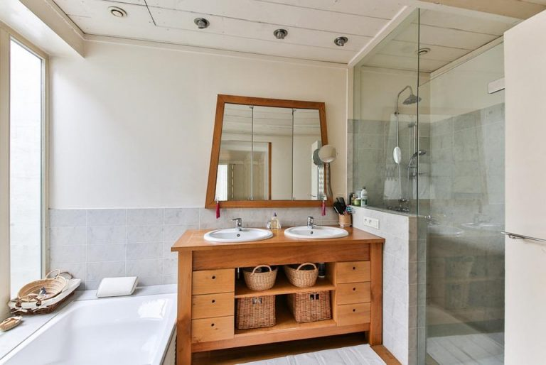 amenejare baie mobilier baie
