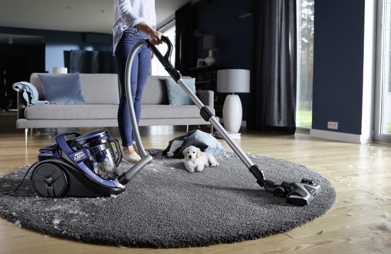 Începe curățenia de Paște cu aspiratorul fără sac Rowenta Silence ForceCyclonic 4A
