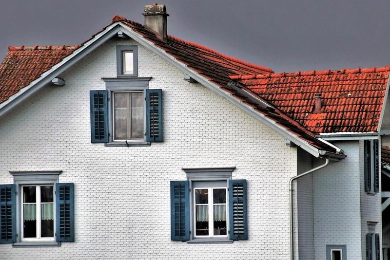 Trei lucruri pe care să le ai în vedere când îți construiești sau îți renovezi acoperișul casei