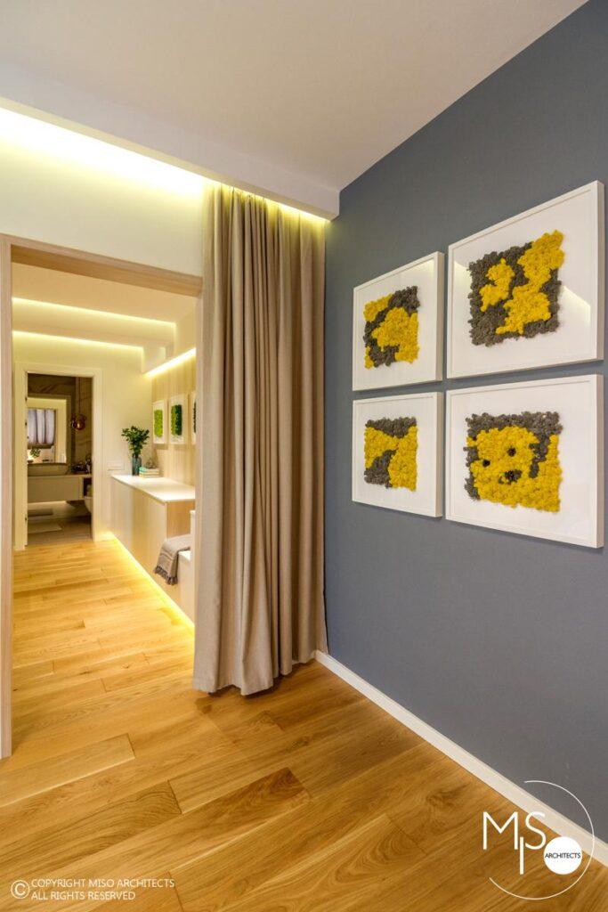 Miso Architects amenajare moderna apartament Bucuresti hol zona noapte vazut din dormitor