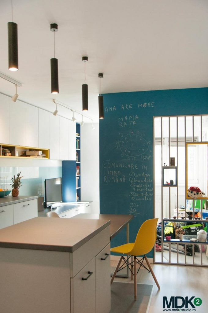 apartament plin de culoare bucuresti mdk2 studio living bucatarie indula