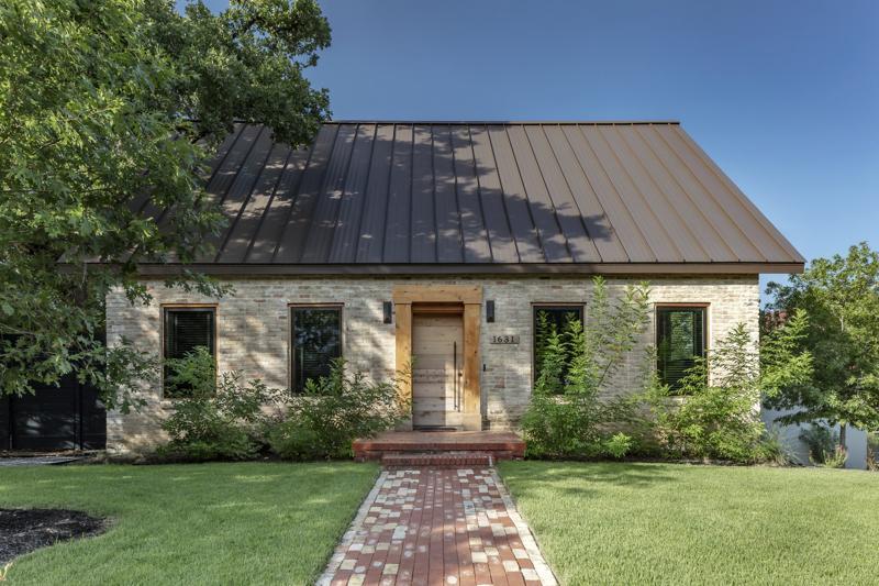 casa veche monument istoric extensie exterior 1
