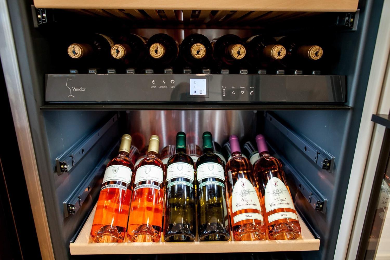 E nevoie neapărat de o cramă pentru a păstra un vin bun? Idei pentru depozitarea vinului acasă