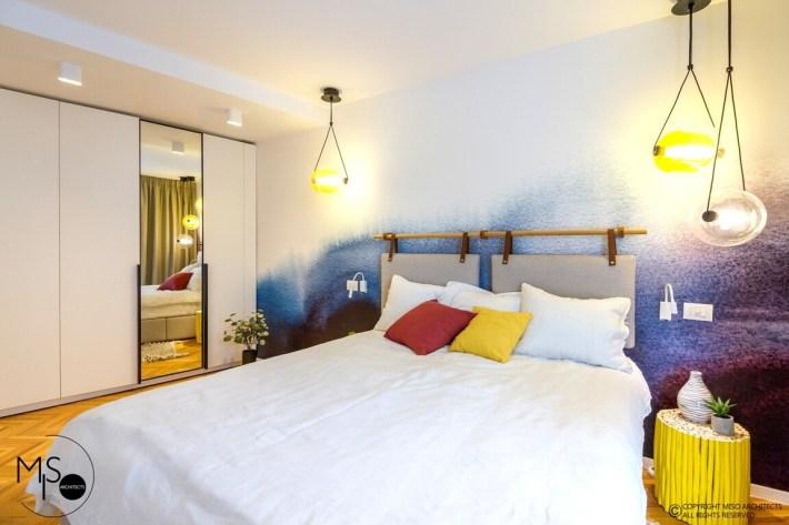 apartament amenajat de MISO Architects - dormitor matrimonial