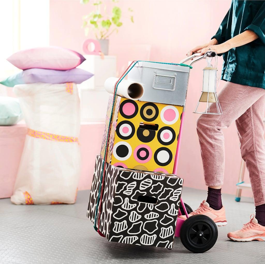 Colecția OMBYTE de la IKEA destinată tinerilor în mișcare, disponibilă în magazine de la 1 august