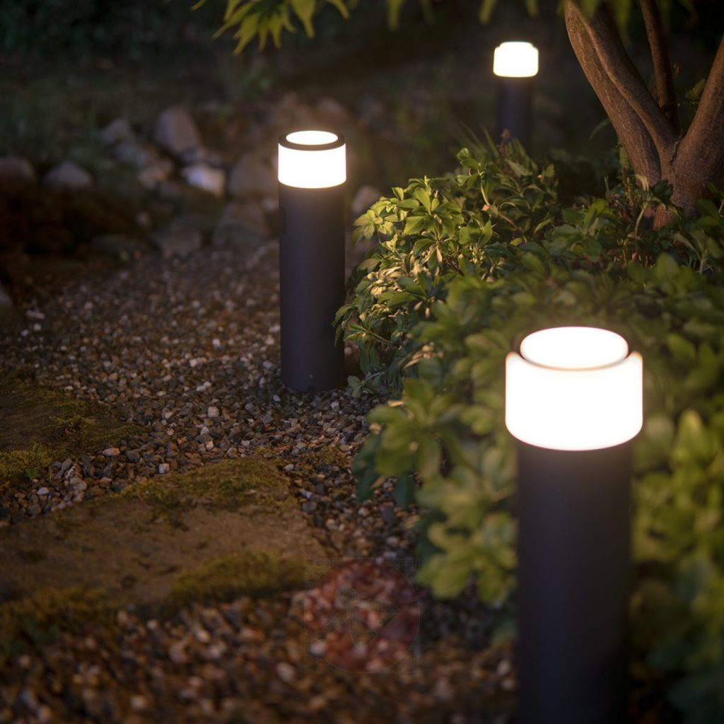 iluminat exterior inteligent stalpi philips